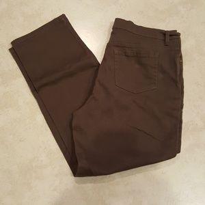 Gloria Vanderbilt Amanda jeans size 16